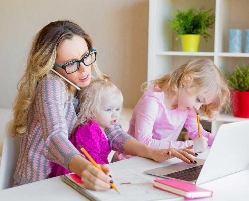 Burnout, Frau mit kleinen Kindern, Psychotherapie Brückelmayer